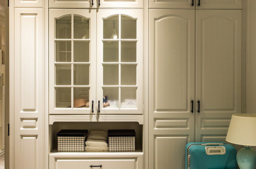 定制衣柜设计更美观 与房屋装修风格更协调
